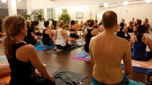 Nybörjar yoga i Halmstad, nybörjarkurs i yoga i Halmstad på Yogainstitutet Halmstad
