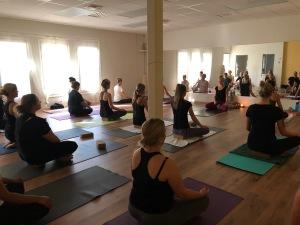 Hot yoga i Halmstad på Yogainstitutet i Halmstad
