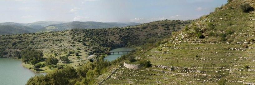 Utsikt från O. mirabilis-lokalen, Sicilien 2012-04-24
