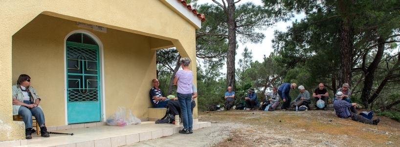 Klassisk lunchlokal, ett kapell. De små kappelen som finns lite varstans utefter vägarna bjuder oftast på bra platser för att ta sin lunch.