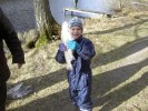 120331 Lillgrabben med fisken