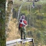 121021 Anders Okhagen koncentrerad på fisket idag