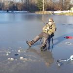 Mattias med fisk på kroken
