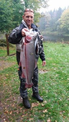 KM mästare Marcus med 7,3 kg regnbåge