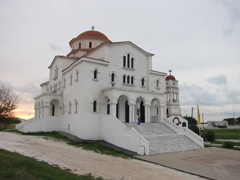 En av flera hundra kyrkor vi passerat i detta ortodoxa land!
