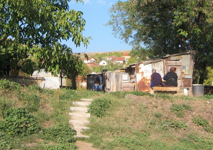 Men det är inte alla som har det så fett... Vi körde förbi rena slummen....