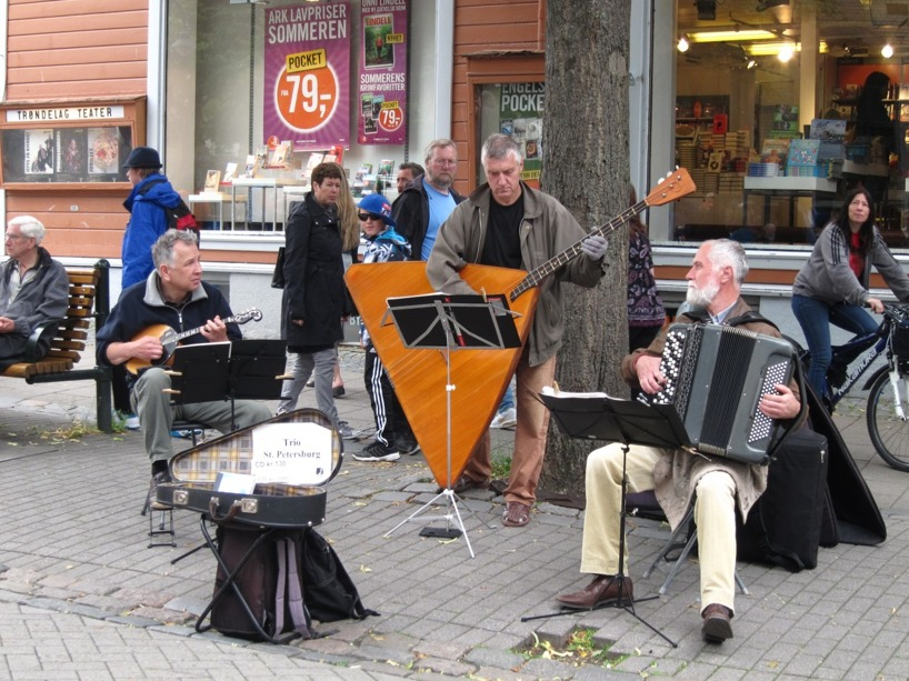 Fantastiskt bra gatumusikanter i Trondheim