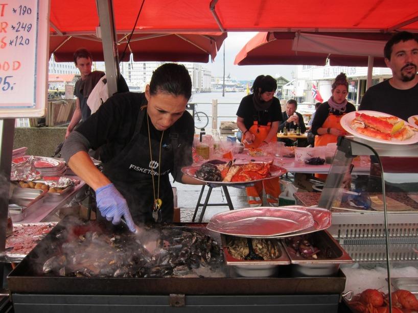 Fiskmarknaden var vibrerande och en upplevelse i sig!