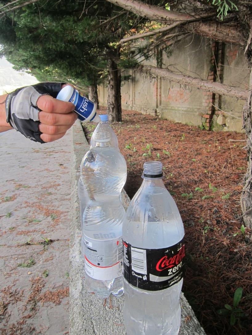 Tre droppar per liter =)