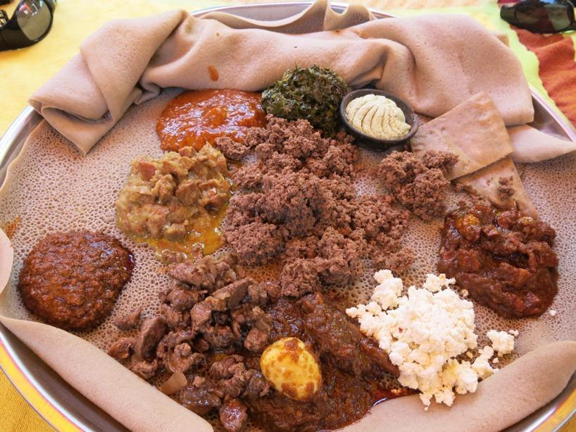 Denna måltiden delade vi med Marcus på en restaurang med smakprov på olika traditionella rätter!