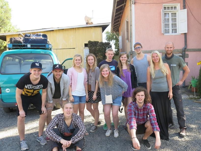 När vi kom till det svenska missionshuset träffade vi på dessa underbara ungdomar som tillbringade sin semester i landet. Dagen efter lämnade de Addis för att åka till Hawassa där de skulle bl.a. hjälpa till att bygga på en ny kyrka!