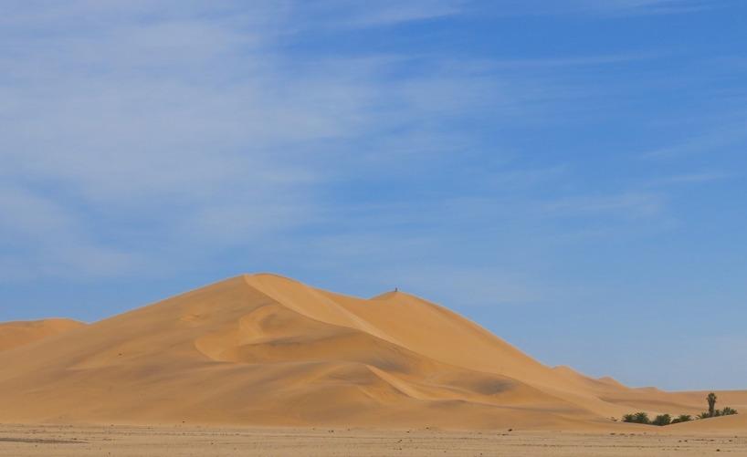 För att ta sikte mot Namibias kända sanddyner. Men det får ni se mer av i nästa inlägg =)