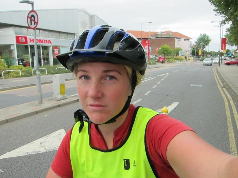 Susanne var både trött och utmattad mot slutet och tyckte in cyklinge var så kul längre... Men fram kom vi!