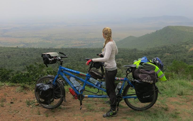Klättrar upp från Rift Valley!