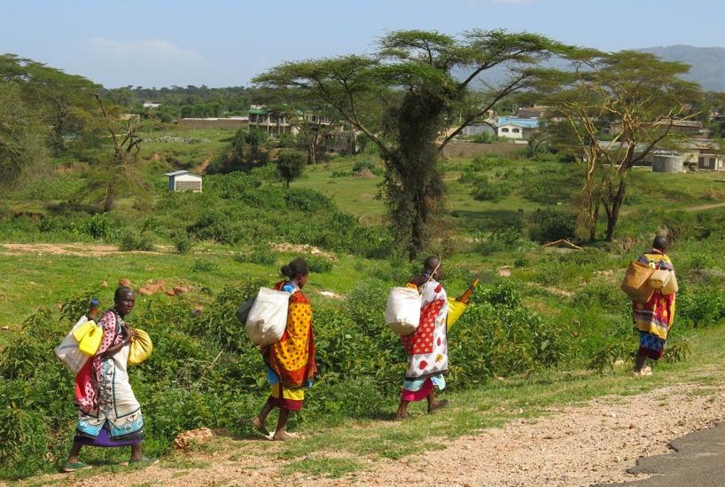 Sedan cyklade vi in i Maasai-riket