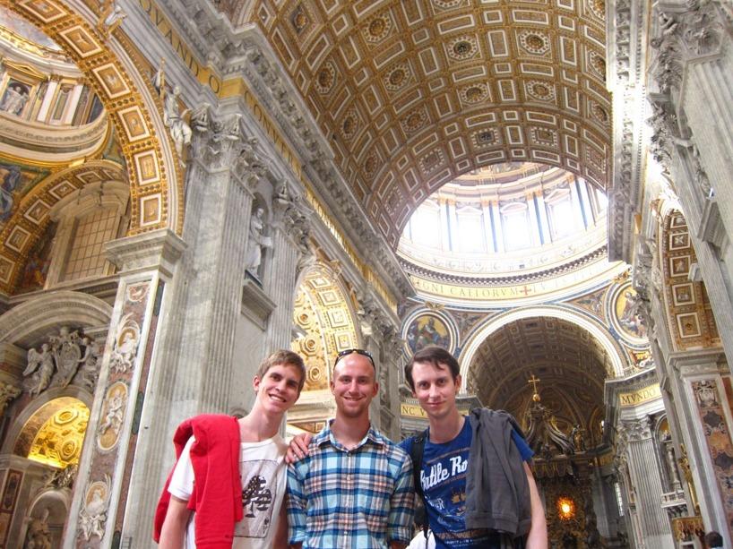 Bröderna Engberg i världens största kyrka- St.Peters kyrkan