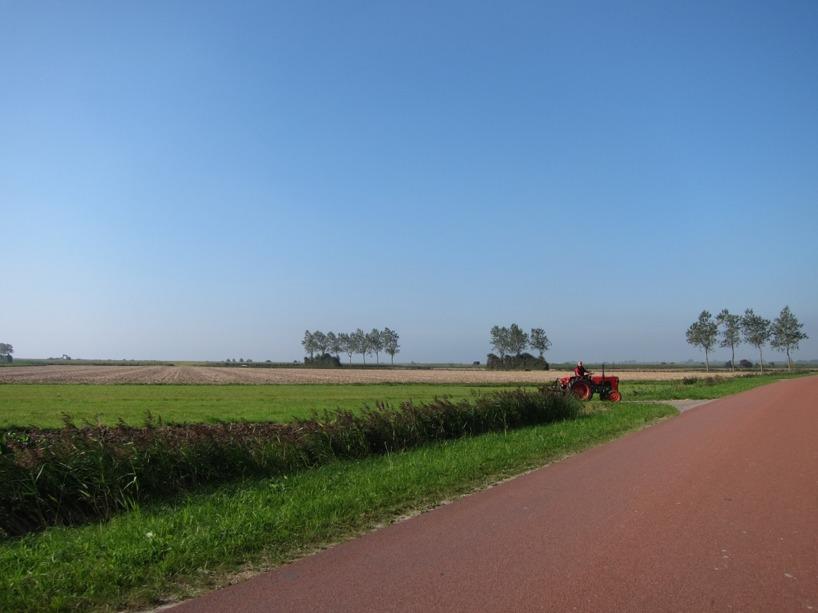 Vi cyklade halva dagens längs med den Holländska landsbygden