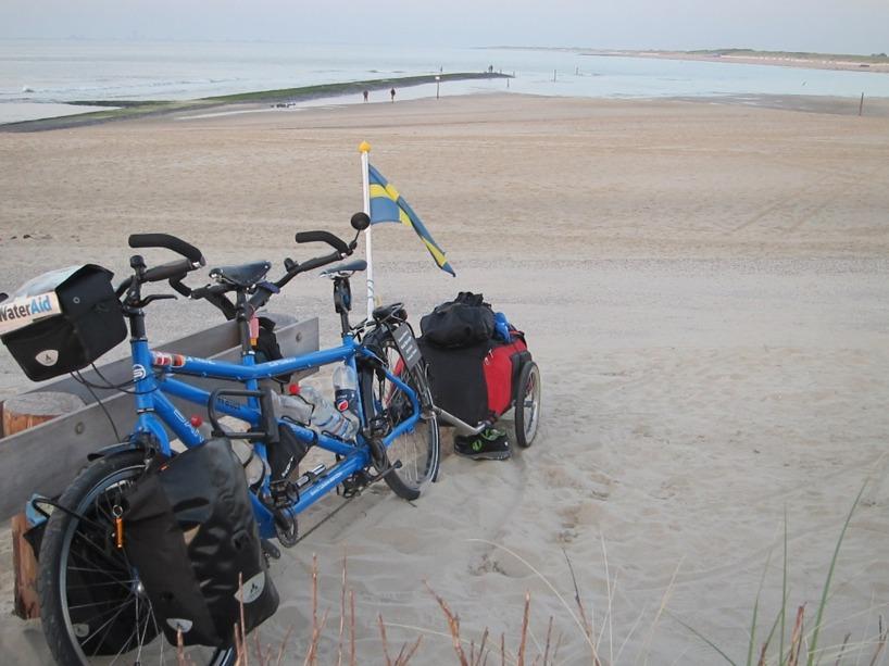 Vi ville att vår nya cykel skulle få se havet :)