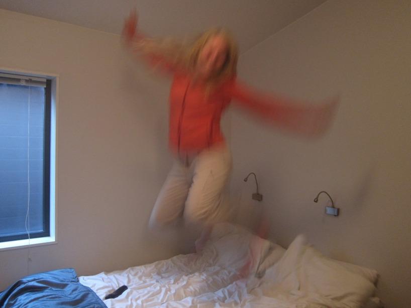 Sussie blev väldigt glada för en mjuk säng och hotellfrukost :)