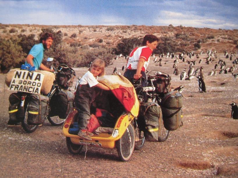 Här är en bild ur Le Tour De Monde Á Velo... Coolt eller vad?