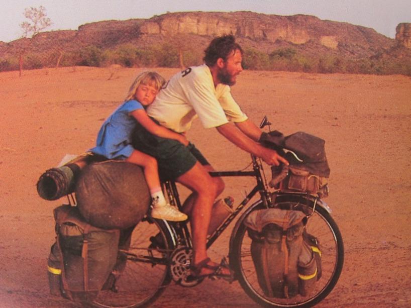 Francoise et Claude Hervé- finns på om du googlar, men på franska. Häftigaste vi hört om i cykelvärlden!