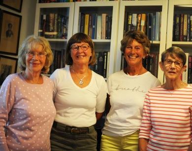 Från vänster: Siv, Gunilla, Lena och Stina. Foto CeWe