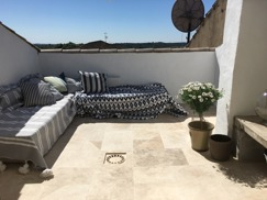 omgivnings inredningskonsulter arbetade tillsammans med ett sommarhem i Frankrike