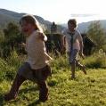 lykkelige barn i Vågå