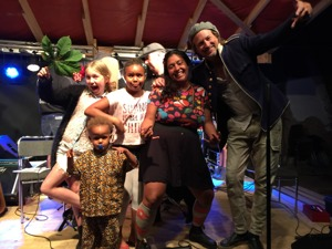 Artister som verlkigen bjuder på sig själva med Wille Crafoord och Kristin Amparo