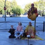 Inspirernde øvelse i å sitte stile i Madrid. Foto: Ingrid Forfang
