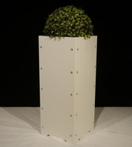 Blomkruka/ Planteringskärl, vit