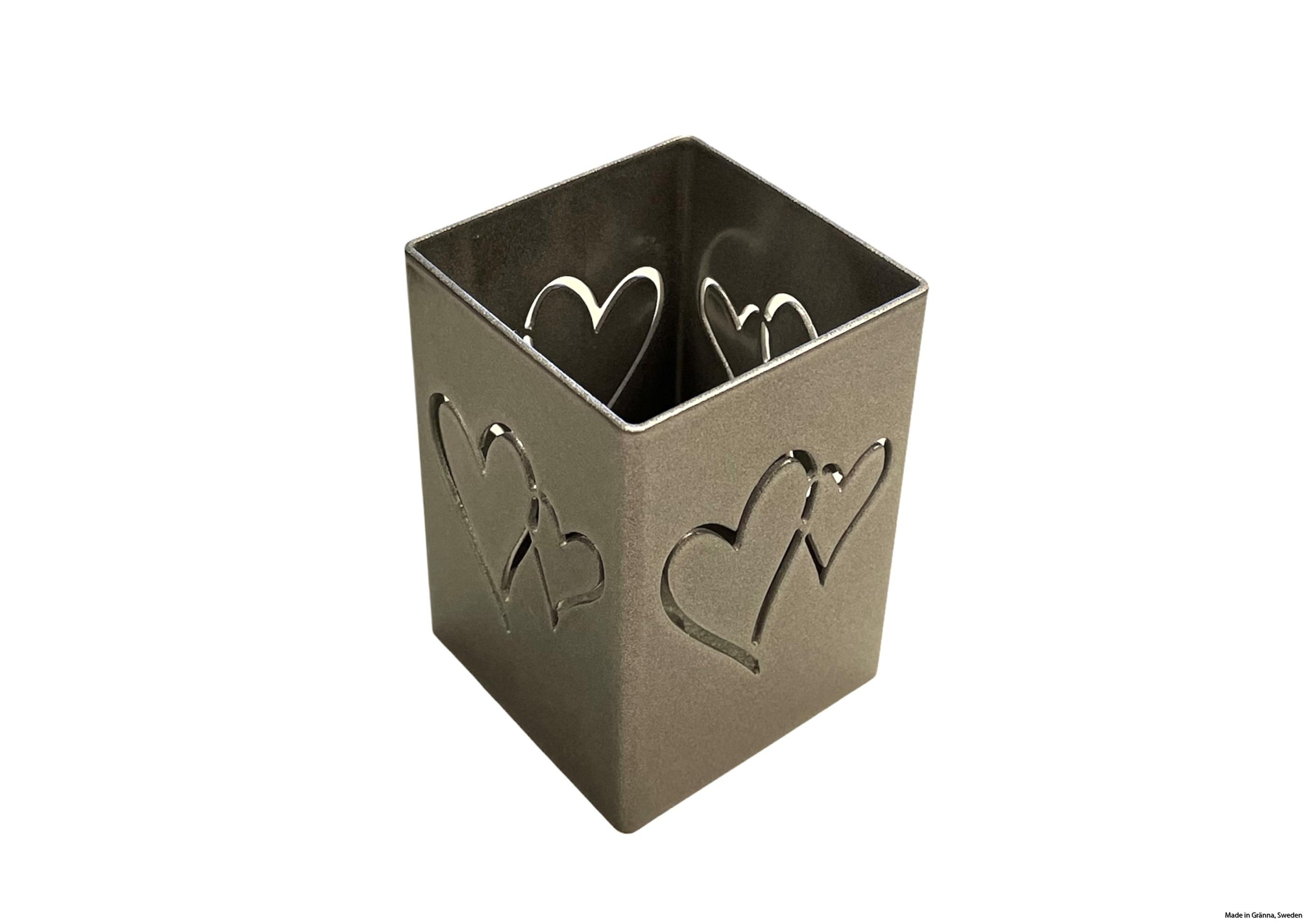 Silvergrå hjärtanlykta