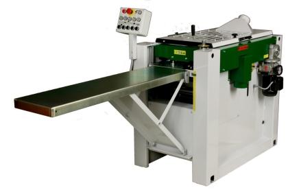 Hyveln är en fyrkutter av fabrikatet Moretens PH260 och med den skapadesnya möjligheter att hyvla upp olika sortiment.