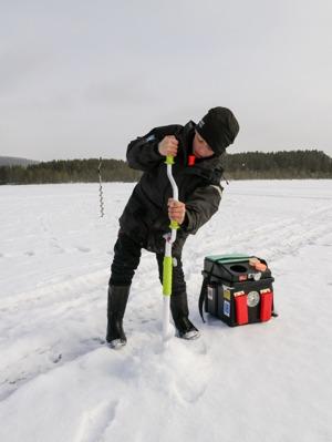 Arvid Einarsson kämpade på hela tävlingen trots trögt fiske och tjock is!