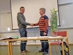 Avgående ordförande Torbjörn Norrlnd välkommnar nye Ordförande Svante Birath