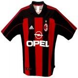 A C MILANs hemmatröja 2001 - 2002 front