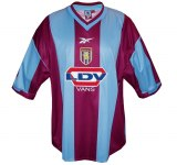 ASTON VILLAs förstatröja 1999 - 2000 front