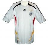 TYSKLANDs förstatröja i Tyskland-VM 2006 front