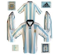 Till ARGENTINAs hemmatröja i Frankrike-VM 1998