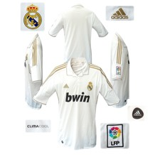 Til REAL MADRIDs förstatröja 2011 - 2012