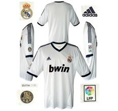 Till REAL MADRIDs förstatröja 2012 - 2013