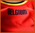 BELGIENs förstatröja i Brasilien-VM 2014 detaljer. Tryck i nacken