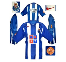 Till FC PORTOs förstatröja 2005 - 2006