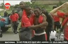 Chockade togolesiska spelare efter attacken