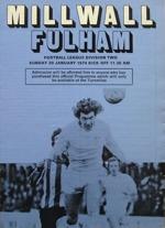 Matchprogram till första söndagsmatchen i England.
