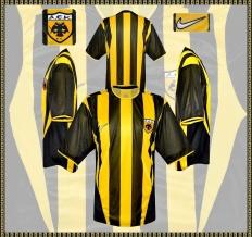 Till AEK Atens förstatröja 2002 - 2004
