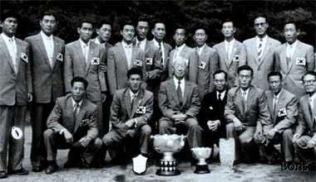 De första Asiatiska mästarna i fotboll.