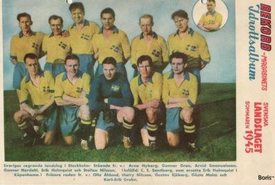 Ett av de svenska fotbollslandslagen 1945