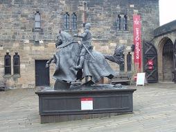 Staty av Harry Hotspur vid Alnwick Castle