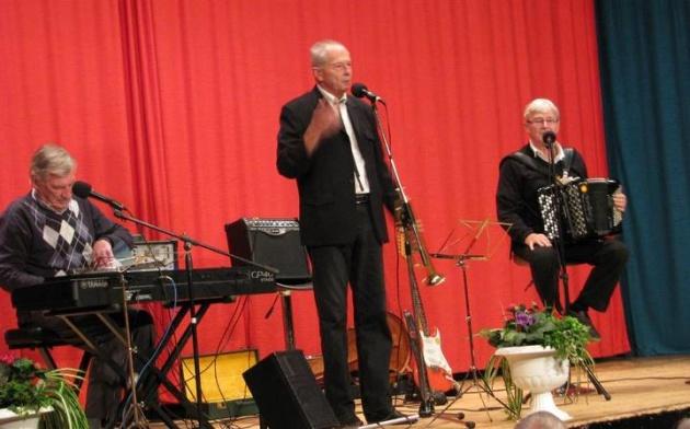 Bengt-Ingvars mä Anders: Anders Kyrkander, Bengt Alsterlind och Ingvar Karlsson. Foto: Jonny Ohlsson.
